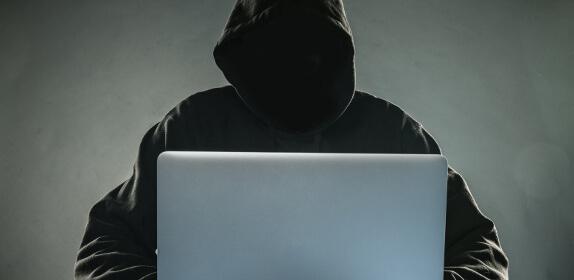 Schütze deine WordPress Webseite vor Hackern.